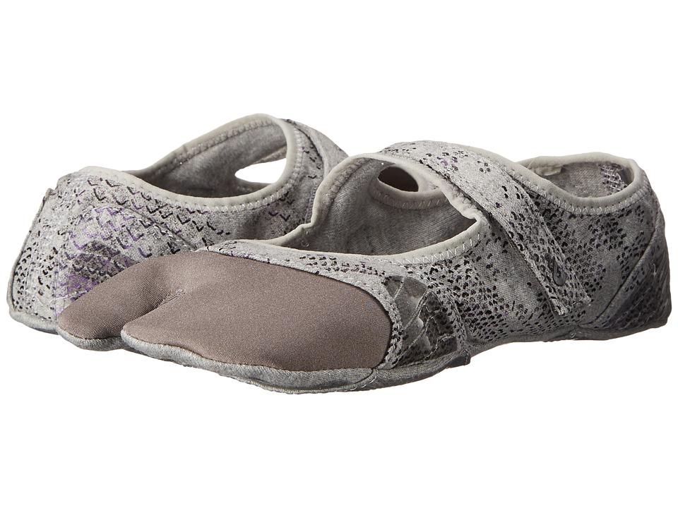 Ahnu - In Studi-Om (Pale Smoke/Charcoal Gray) Women's Shoes
