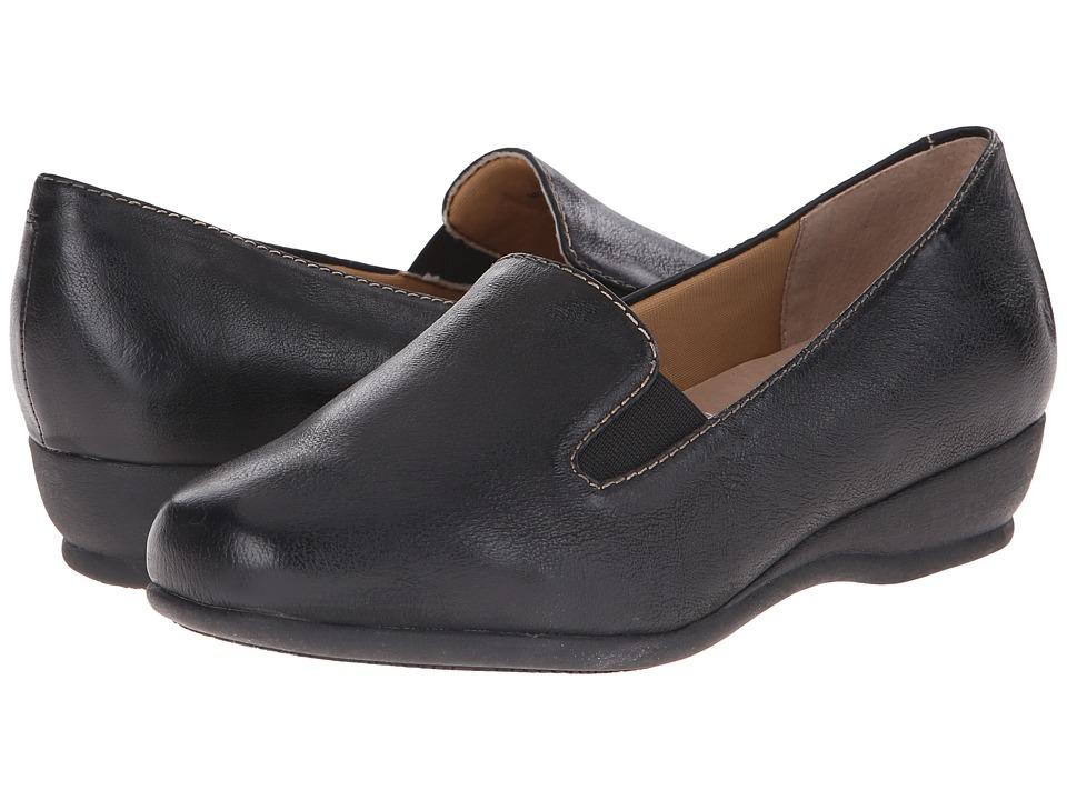 Trotters - Lamar (Black Veg Tumbled Leather) Women's Shoes