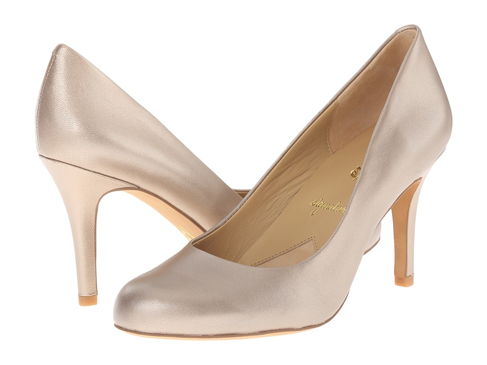 Trotters Gigi (Gold Luster Metallic Leather) High Heels