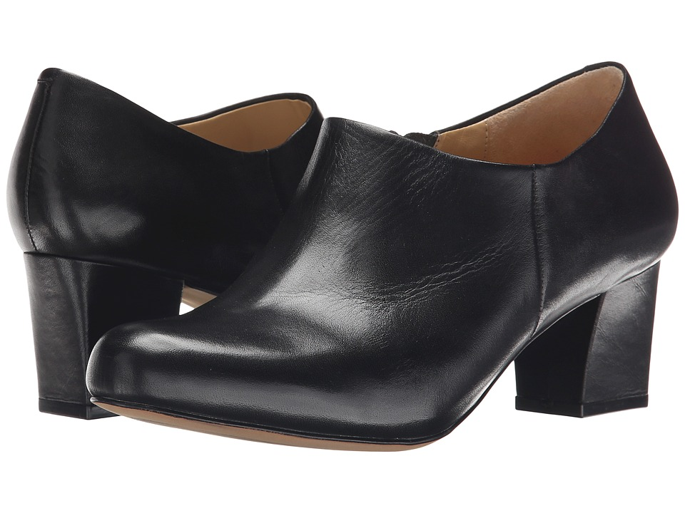 Trotters - Penny (Black Full Grain Soft Nappa Leather) High Heels