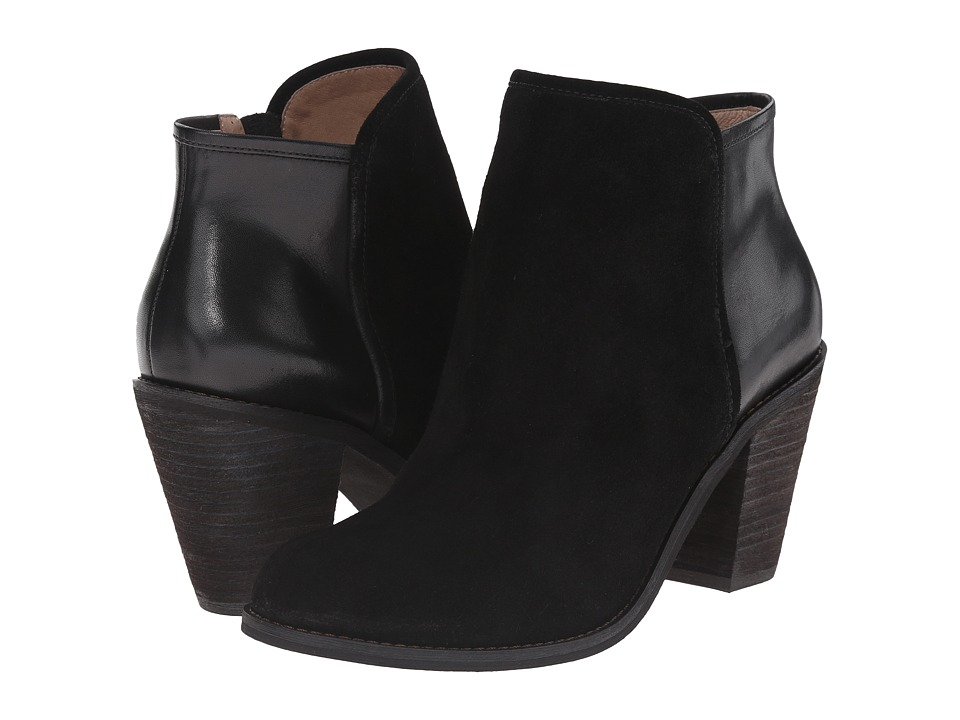 SoftWalk - Frontier (Black Suede Leather) Women