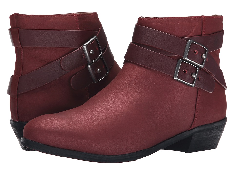 SoftWalk Rancho (Red Distressed Nubuck Leather) Women