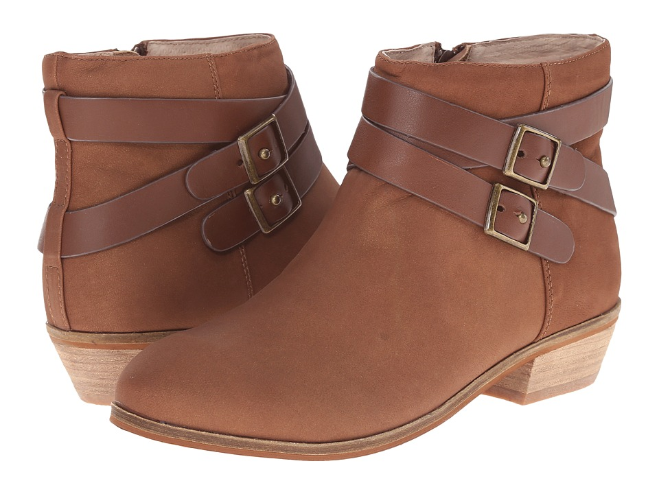 SoftWalk Rancho (Tan Distressed Nubuck Leather) Women