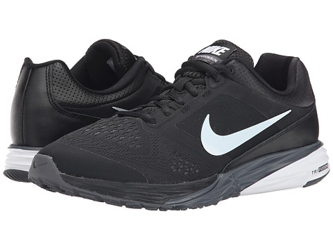 Nike - Tri Fusion Run (Black/Grey) Women