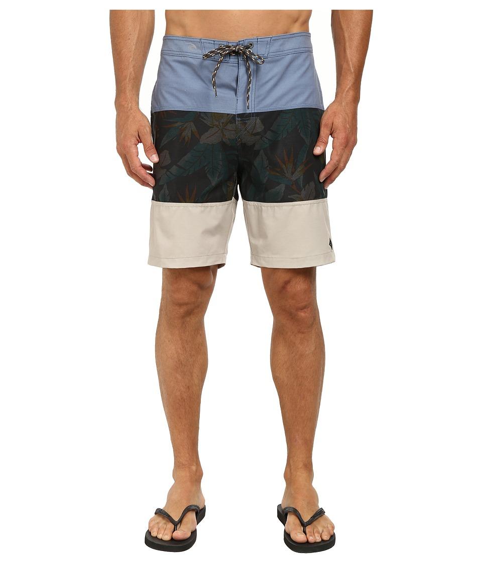 Rip Curl - Caught Up Boardwalk Shorts (Blue) Men