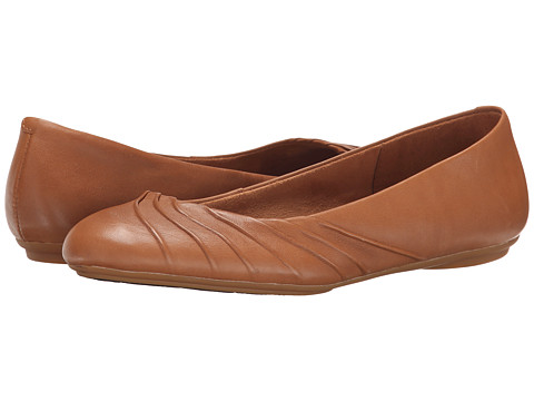 Hush Puppies - Zella Chaste (Tan Leather) Women