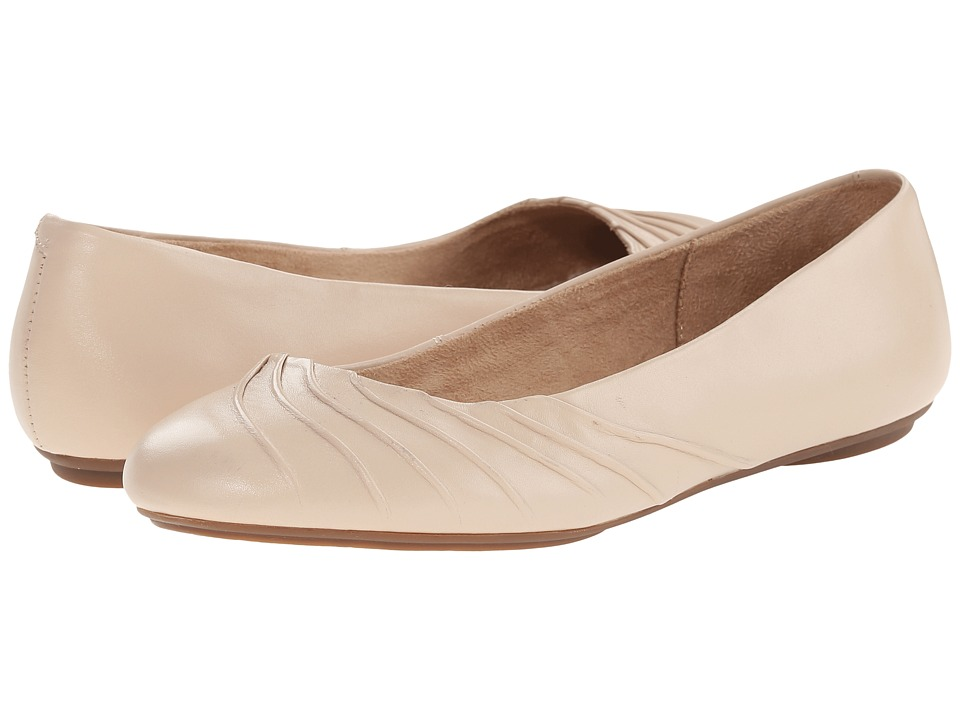 Hush Puppies - Zella Chaste (Nude Leather) Women