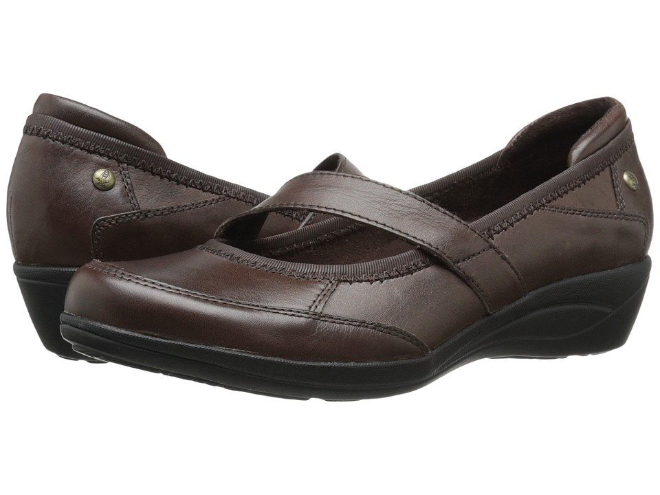 Hush Puppies - Velma Oleena (Dark Brown Leather) Women's Slip on Shoes