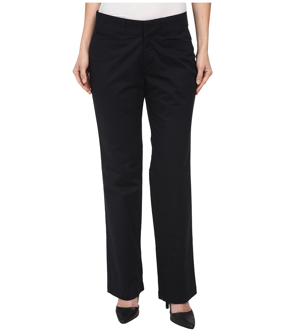 Dockers Petite - Petite Metro Trousers (Black) Women's Casual Pants