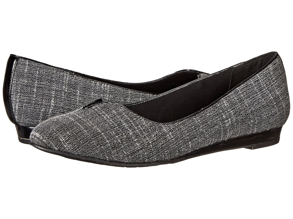 Soft Style - Dillian (Black/White Crepe) Women's Dress Flat Shoes