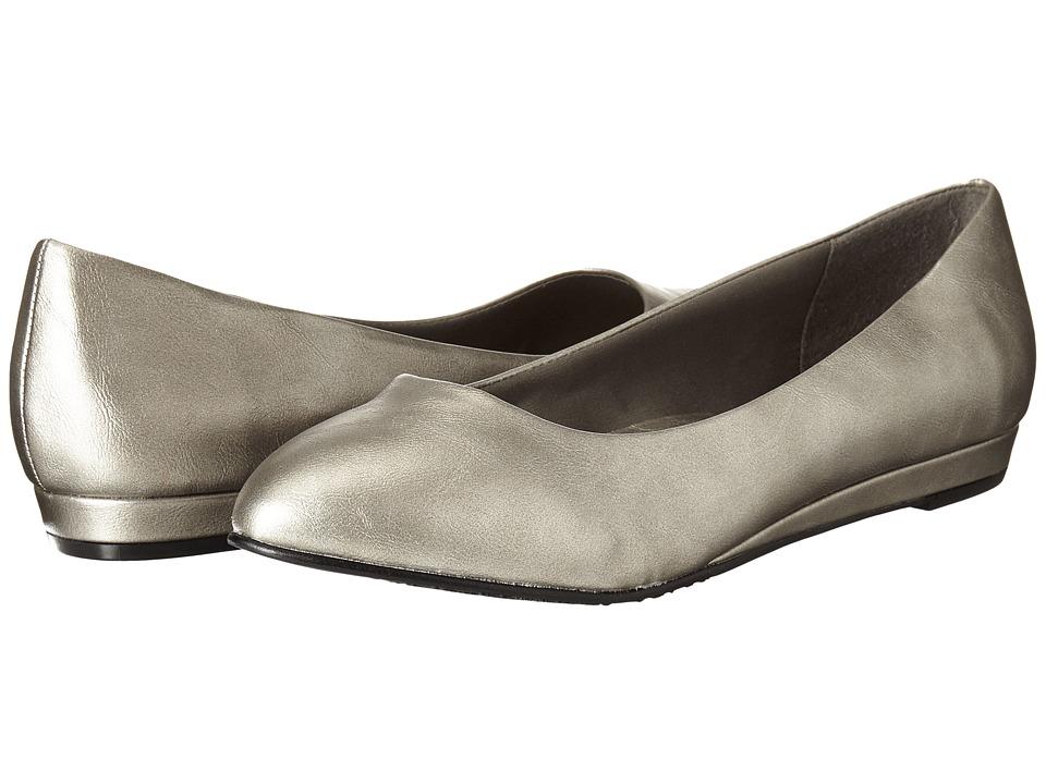 Soft Style - Darlene (Dark Pewter Leather) Women's Dress Flat Shoes