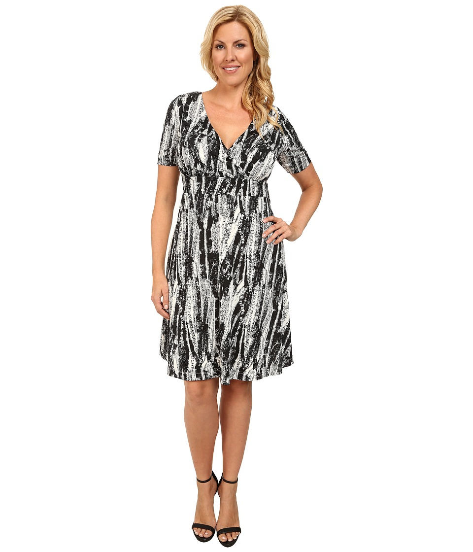 Poppy & Bloom - Plus Size Working Through Lunch Dress (Black/White Print) Women