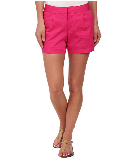 Dockers Petite - Petite Pleat Front Shorts (Fuchsia Purple) Women