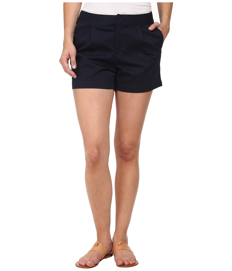 Dockers Petite - Petite Pleat Front Shorts (Deep Night) Women's Shorts