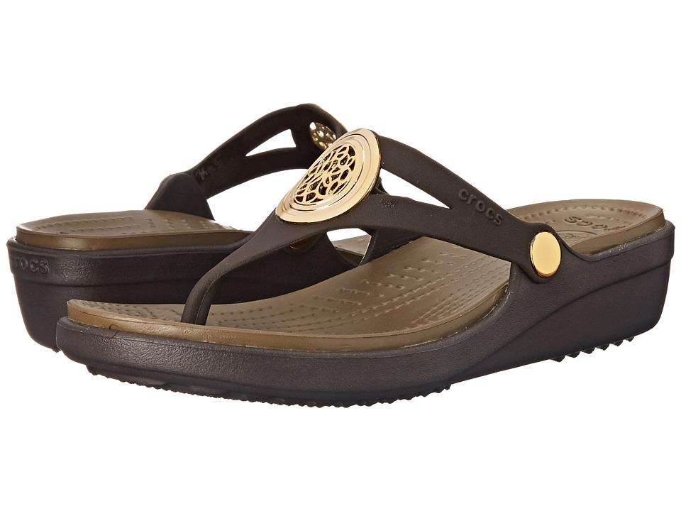 Crocs - Sanrah Circle Wedge Flip (Espresso/Walnut) Women's Wedge Shoes
