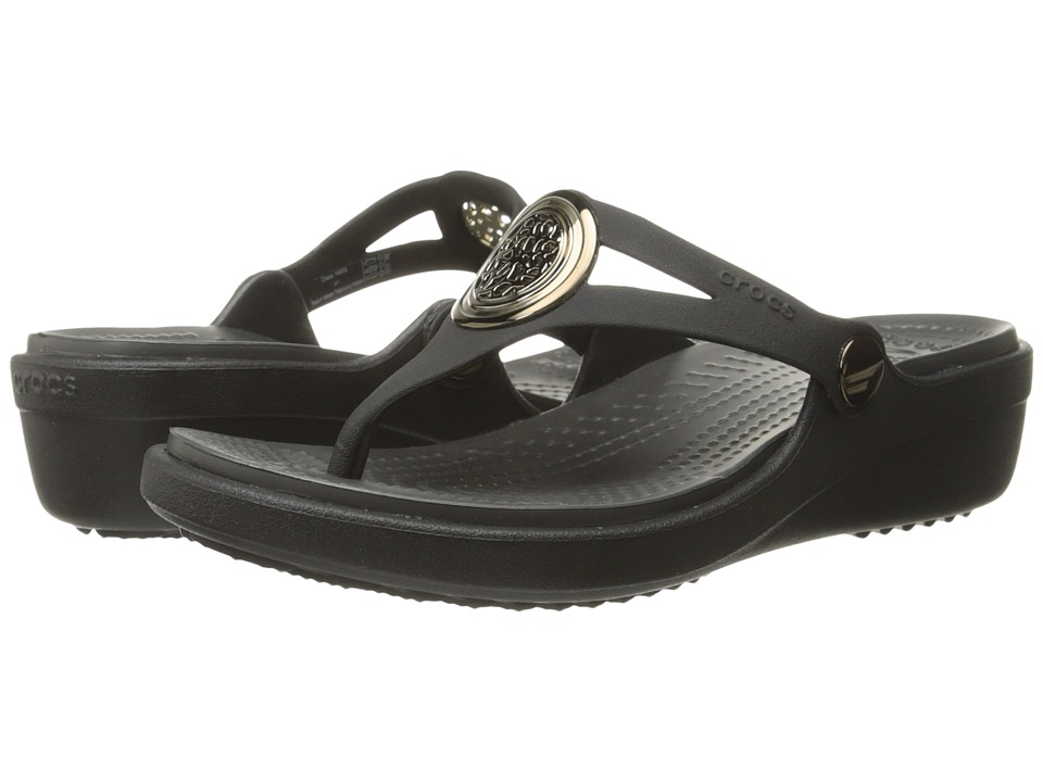 Crocs - Sanrah Circle Wedge Flip (Black/Graphite) Women's Wedge Shoes