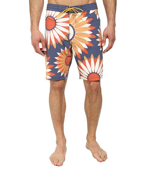 VISSLA - Raylz Boardshorts (Naval) Men's Swimwear