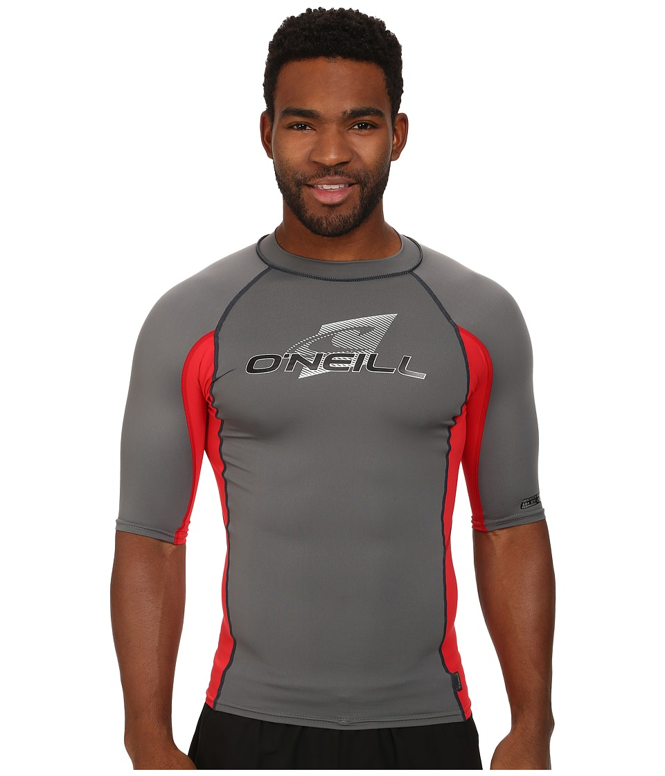 O'Neill - Skins S/S Crew (Smoke/Red/Smoke) Men's Swimwear