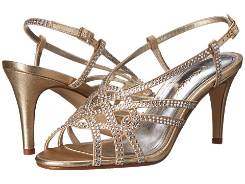 Caparros - Victory (Gold Metallic) Women's Shoes