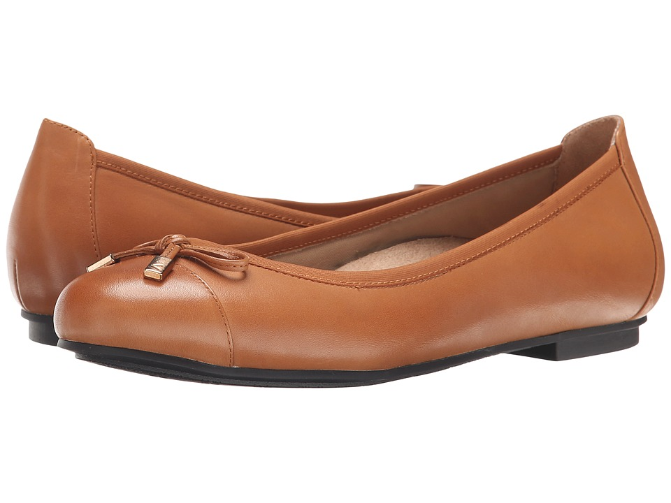 VIONIC - Minna (Tan) Women's Flat Shoes
