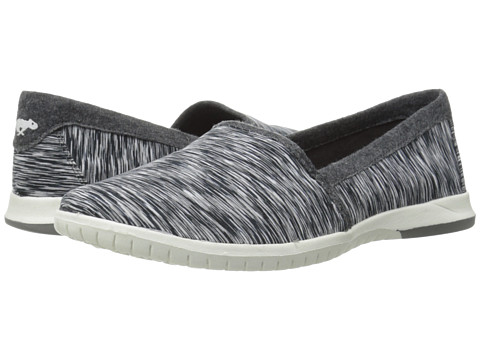 Rocket Dog - Teak (Black Time Travel) Women's Slip on Shoes