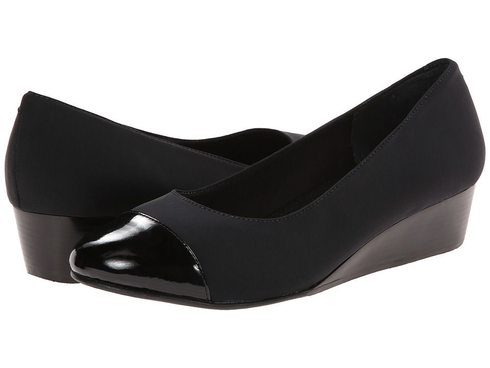 Rose Petals - Moda (Black Stretch/Black Soft Patent) Women's Wedge Shoes