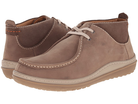 Clarks - Gait Mid (Wolf Nubuck) Men's Boots