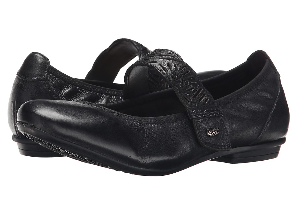 Earth - Pilot (Black) Women's Shoes