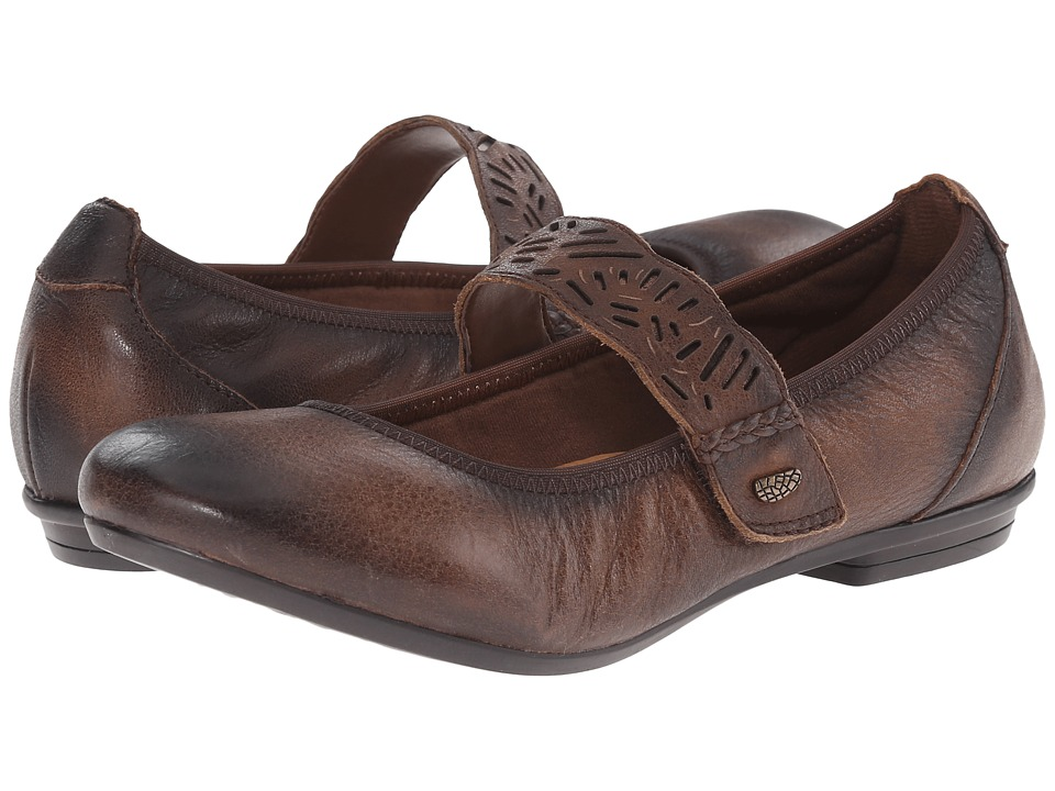 Earth - Pilot (Almond) Women's Shoes
