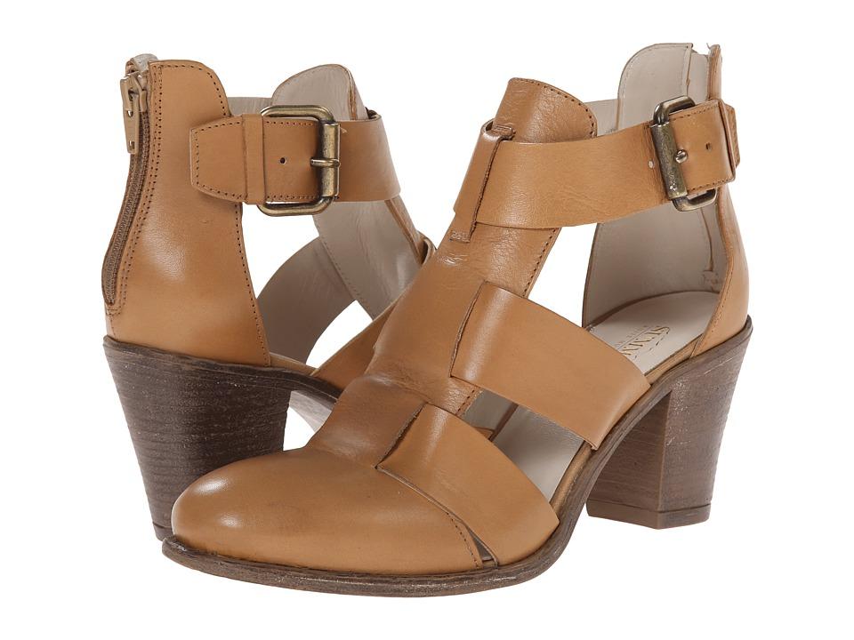 Summit White Mountain - Brinley (Luggage Leather) High Heels