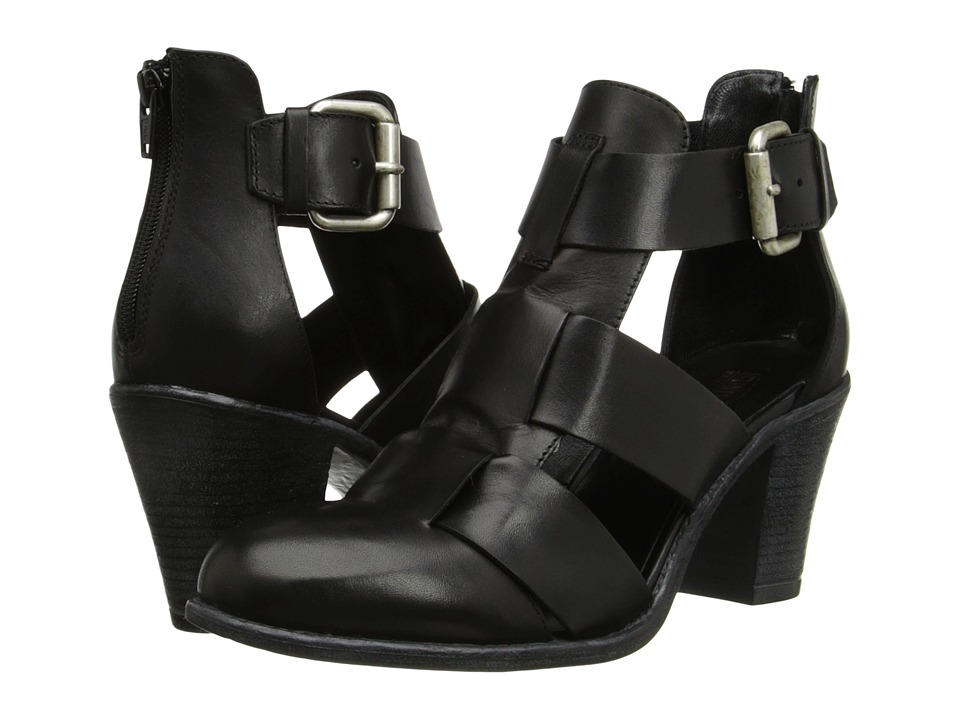 Summit by White Mountain Brinley (Black Leather) High Heels