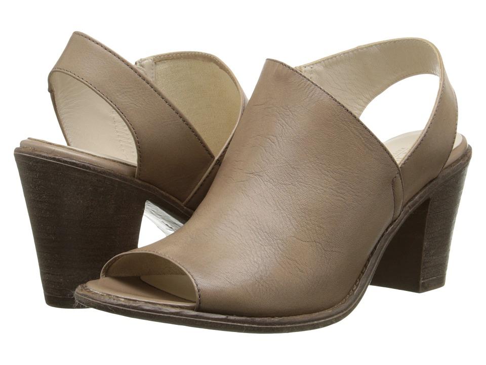 Summit White Mountain - Celinda (Taupe Leather) High Heels