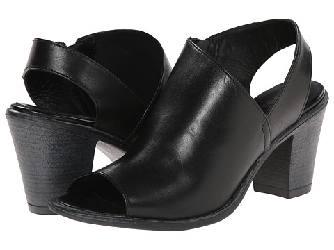Summit White Mountain - Celinda (Black Leather) High Heels