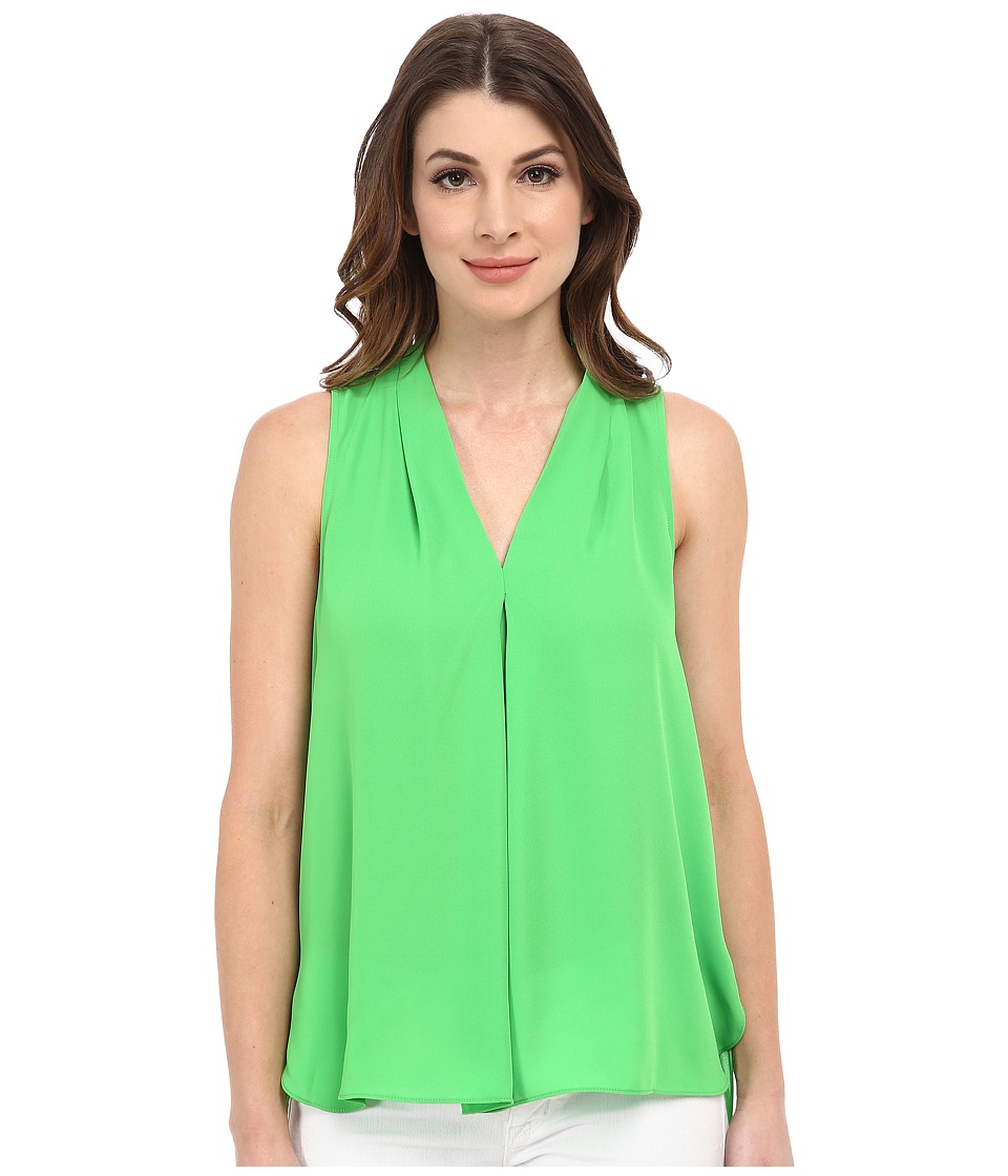 Vince Camuto - Sleeveless V-Neck Blouse w/ Inverted Front Pleat (Classic Green) Women's Blouse