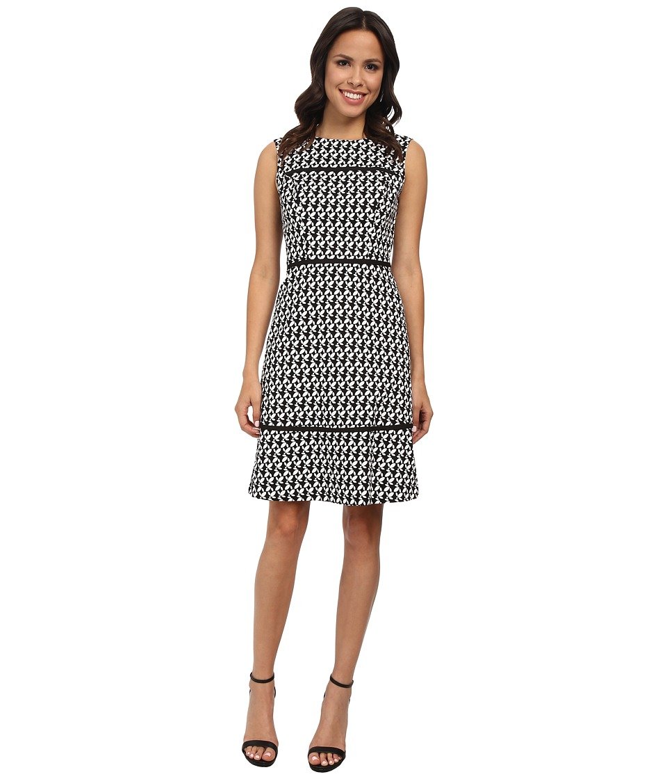 Adrianna Papell - Contrast Piping Fit And Flare Dress (Black/Ivory) Women