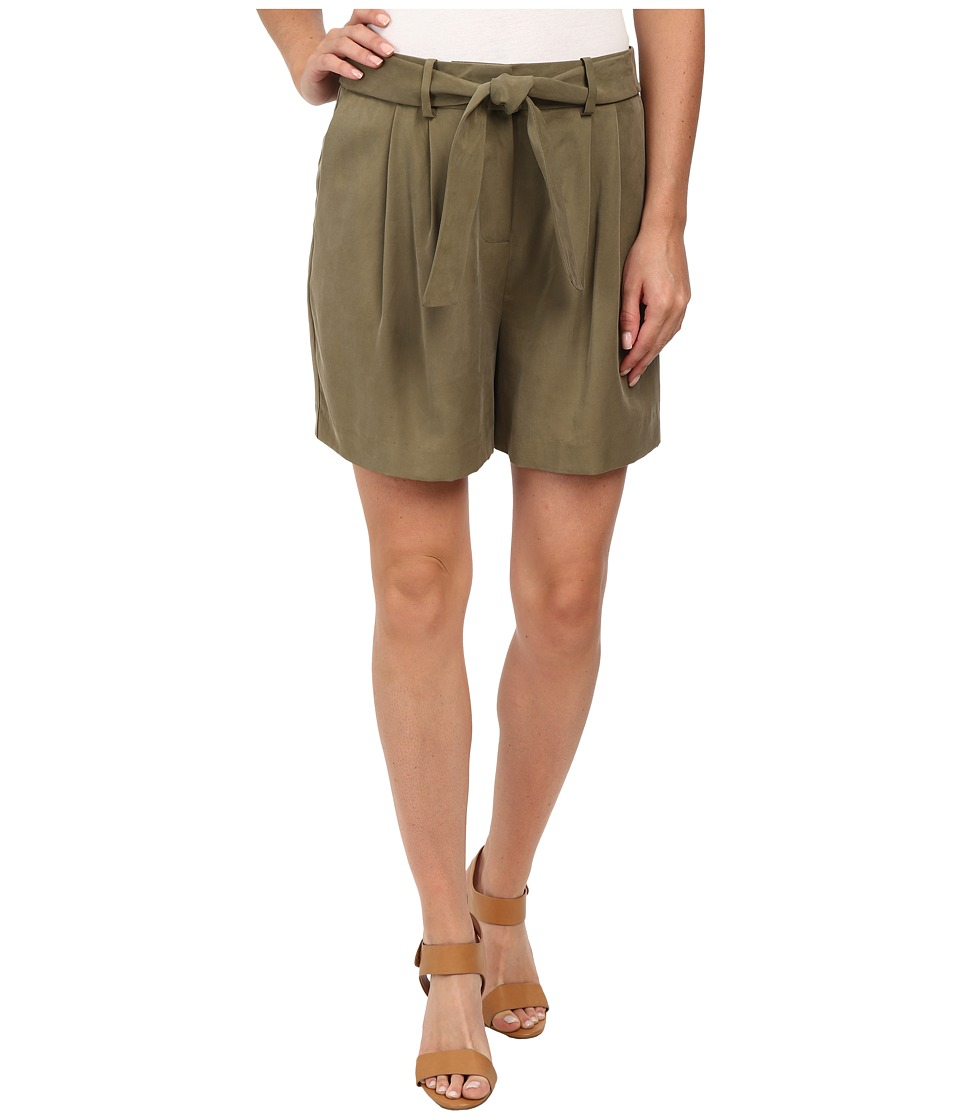 Vince Camuto - Belted Shorts w/ Pleats (Grape Leaf) Women