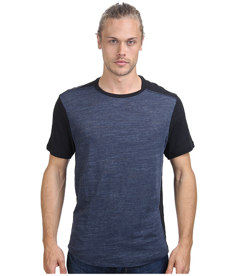 Howe - Faded Night Tee (Commodore/Black) Men's T Shirt
