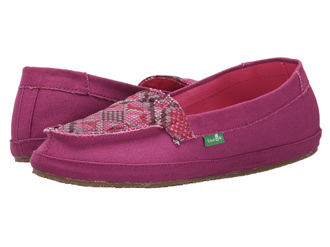 Sanuk - Cross Stitch (Berry/Hot Pink) Women's Slip on Shoes