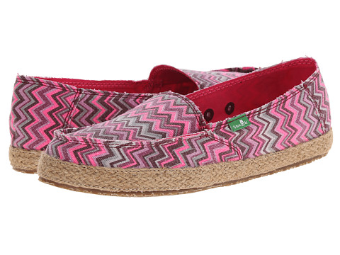 Sanuk - Funky Fiona (Burgundy Chevron) Women's Slip on Shoes