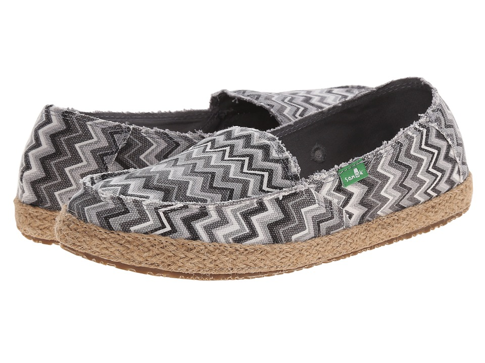 Sanuk - Funky Fiona (Black/White Chevron) Women