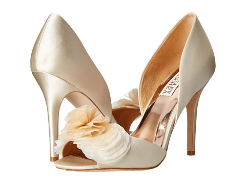 Badgley Mischka - Ginseng (Ivory Satin) High Heels