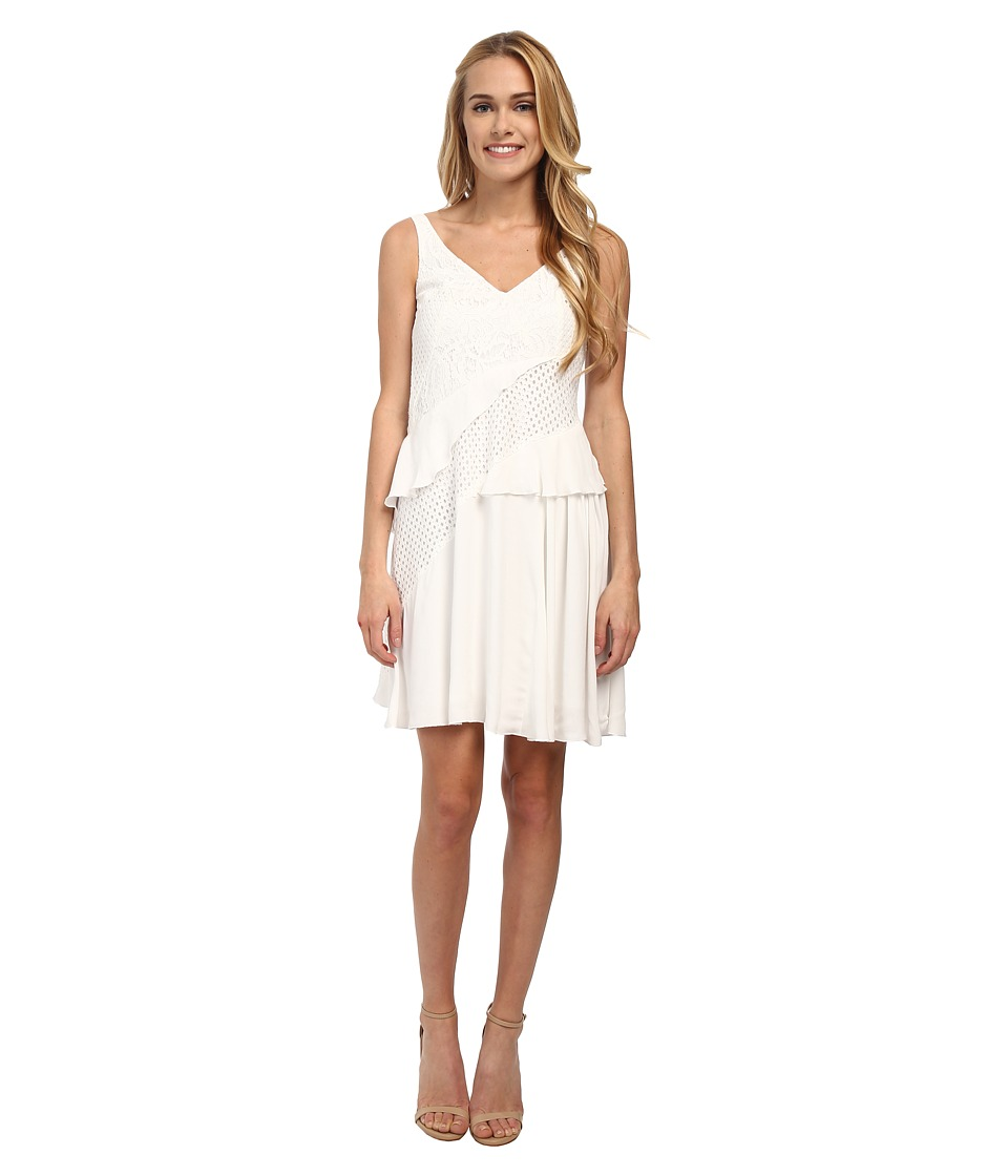 French Connection - Ripple Lace Dress (Summer White) Women