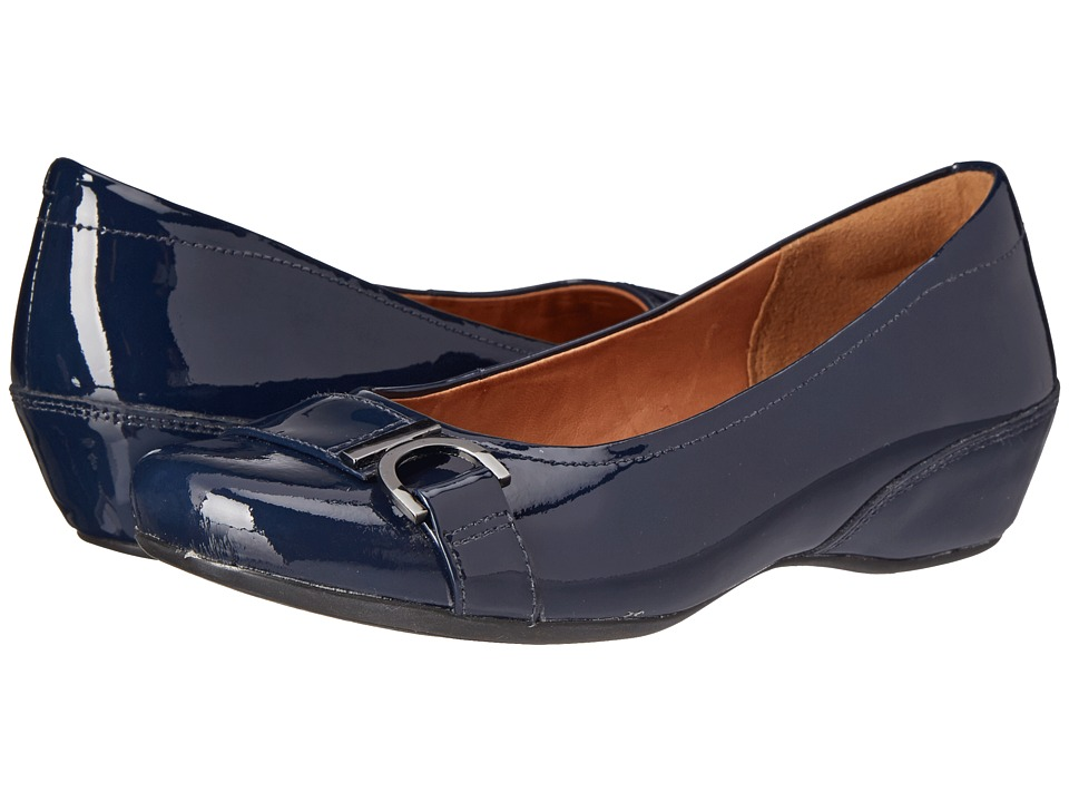 Clarks - Concert Band (Navy Patent Leather) Women's Shoes