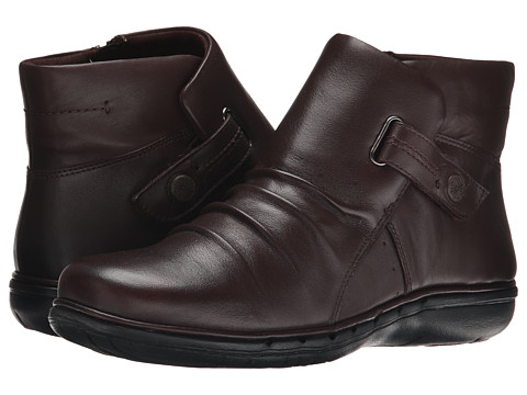 Clarks - Un Arlyn (Dark Brown Leather) Women's Boots