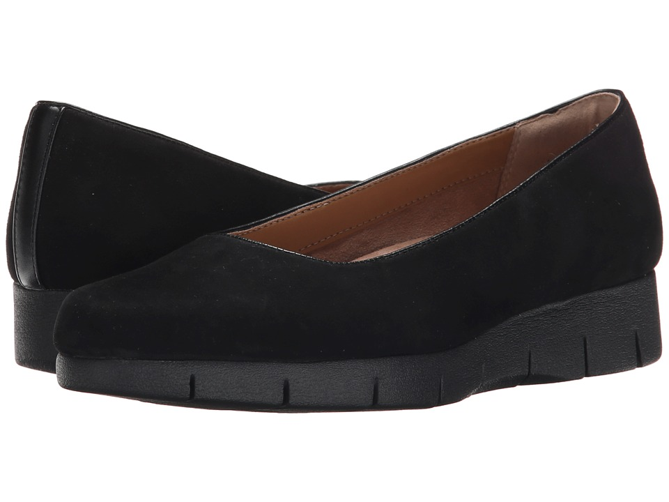 Clarks - Daelyn Towne (Black Suede) Women