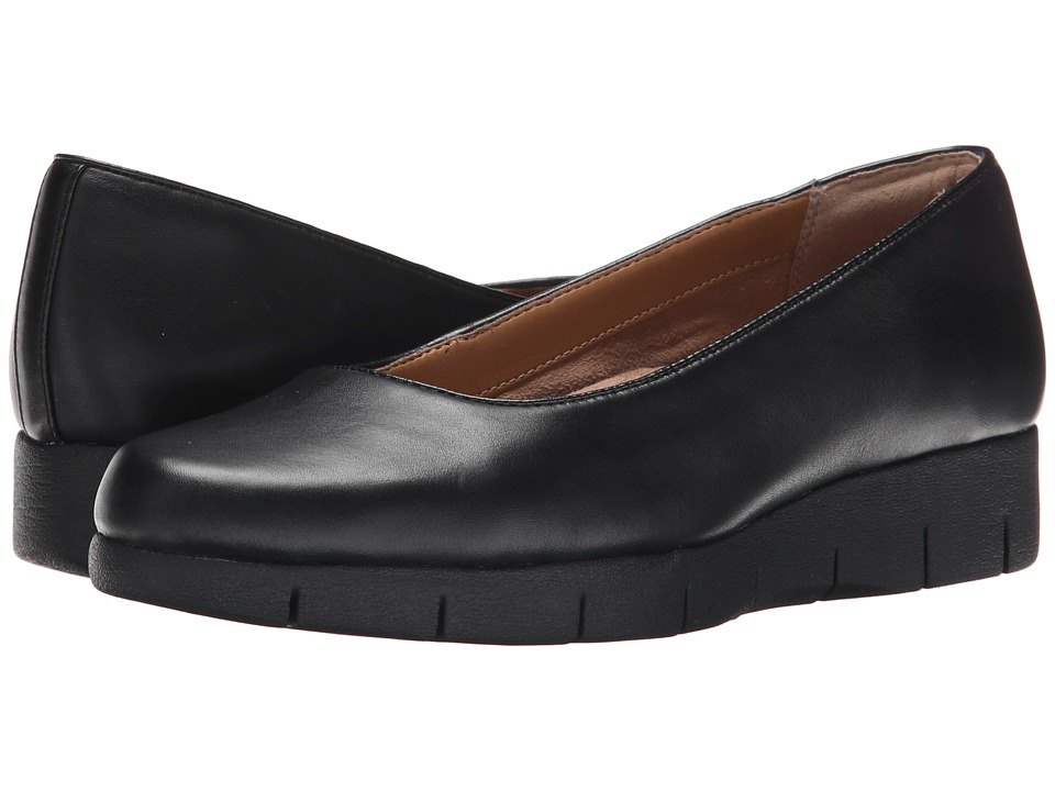 Clarks - Daelyn Towne (Black Leather/Black) Women