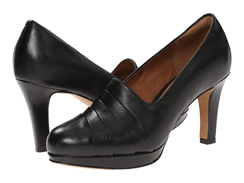 Clarks - Delsie Joy (Black Leather) High Heels