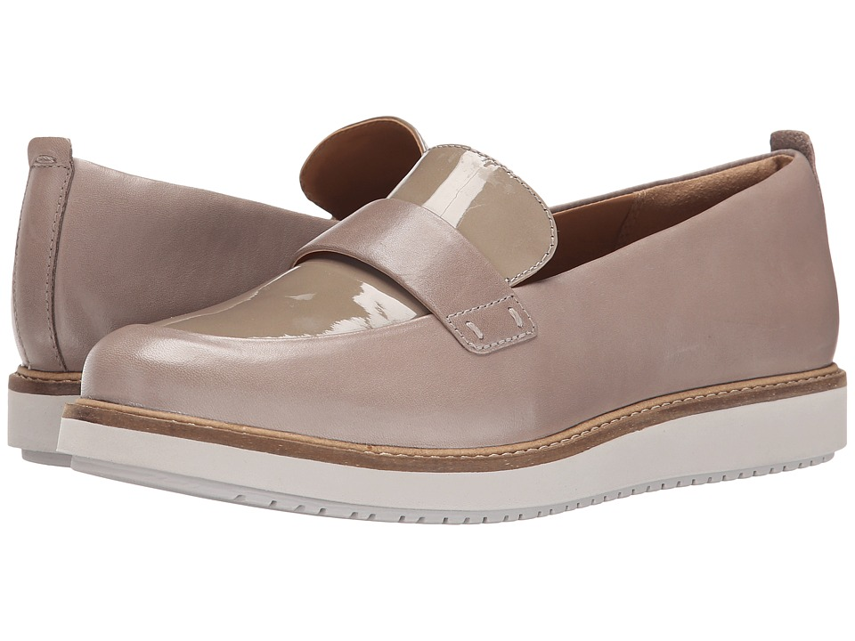 Clarks - Glick Avalee (Light Grey Patent Leather) Women