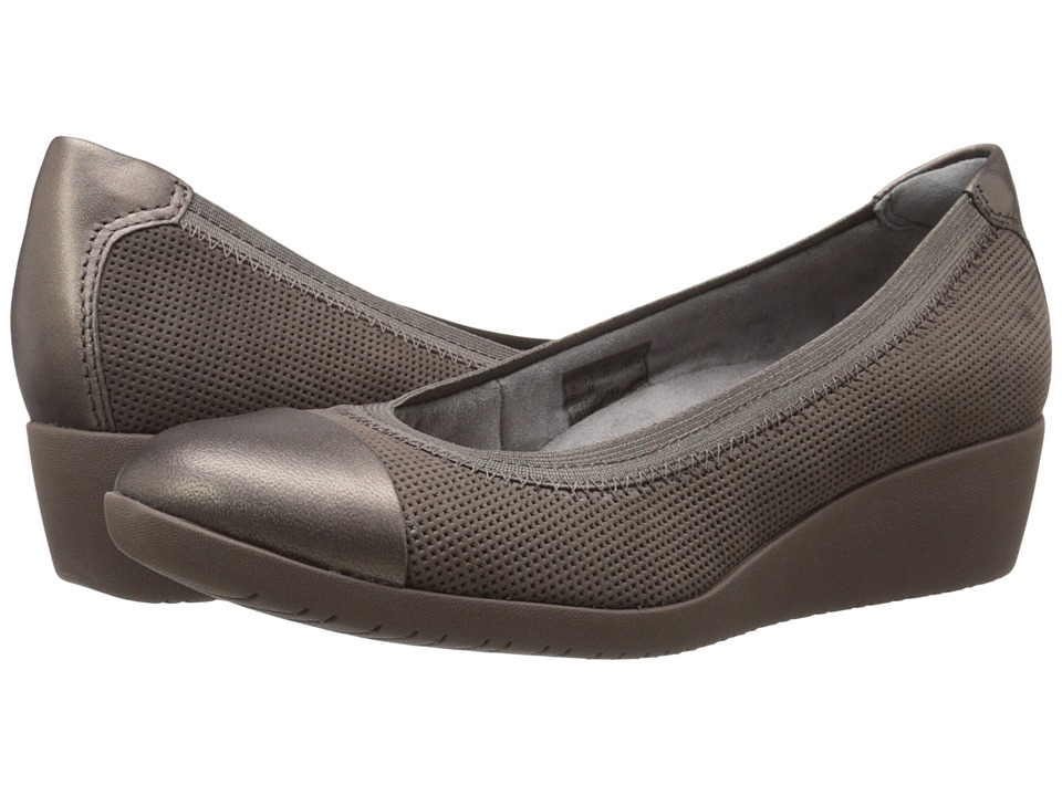 Clarks - Petula Sadie (Taupe Nubuck) Women's Wedge Shoes