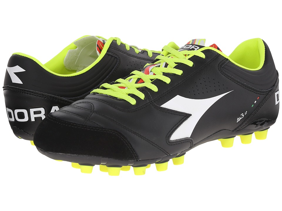 Diadora - Italica 3 LT MDPU 25 (Black/White) Men's Soccer Shoes
